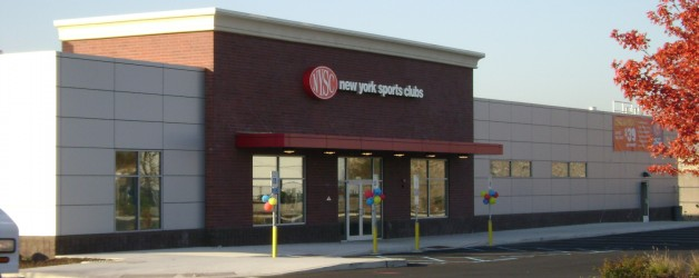 Bayonne mayor participates in ribbon cutting ceremony for New York Sports Club at Bayonne Crossing